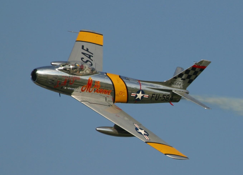 Head to Head: MiG-15 vs F-86 Sabre