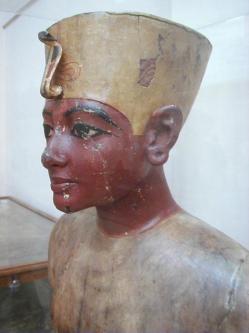 Mannequin_of_Tutankhamun